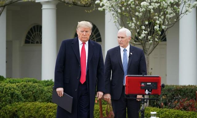 Tổng thống Trump và các nhà lãnh đạo thế giới: Ai là người tuân thủ quy định giữ khoảng cách giao tiếp nhất? - Ảnh 6.