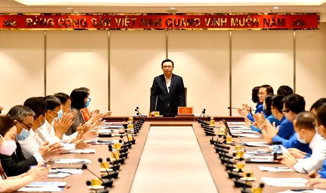 Bí thư Thành ủy Hà Nội: Thanh niên cần phát huy vai trò là lực lượng xung kích và gương mẫu - Ảnh 1.