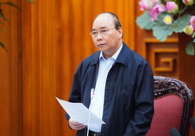 Thủ tướng: 2 tuần tới, người đứng đầu chính quyền các cấp tạm dừng tất cả các hoạt động hội họp, các sự kiện tập trung trên 20 người - Ảnh 1.