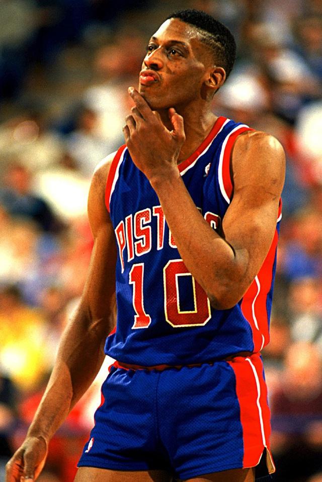 Top 10 tình huống triệt hạ đầy tai tiếng trong lịch sử NBA - Ảnh 1.
