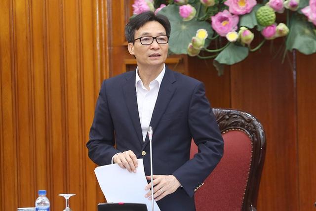 Phó Thủ tướng: Tuyệt đối không được chủ quan vì cả cuộc chiến chống dịch vẫn còn phía trước - Ảnh 1.