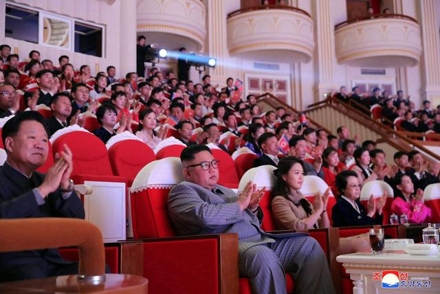 """Tranh cãi 'điểm mù"""" của tình báo Hàn Quốc sau nghi vấn về sức khỏe Chủ tịch Triều Tiên - Ảnh 1."""