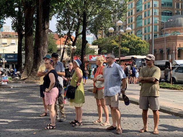 Cơ sở lưu trú TP. Hồ Chí Minh được nhận khách mới nhưng phải đảm bảo công tác phòng dịch - Ảnh 1.