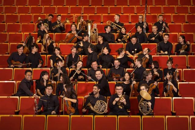 """Nhạc trưởng Olivier Ochanine: """"SSO sẽ mang đến nhiều buổi hòa nhạc xuất sắc khi tái xuất"""" - Ảnh 3."""