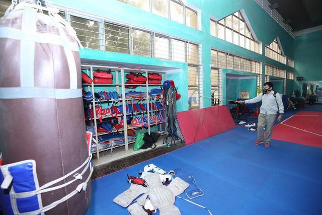Trung tâm huấn luyện thể thao Quốc gia Hà Nội: Thành công đằng sau phương án giãn cách gần 1.000 người - Ảnh 1.