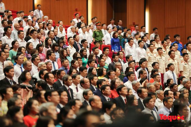 Trang trọng Lễ kỷ niệm 130 năm Ngày sinh Chủ tịch Hồ Chí Minh - Ảnh 5.