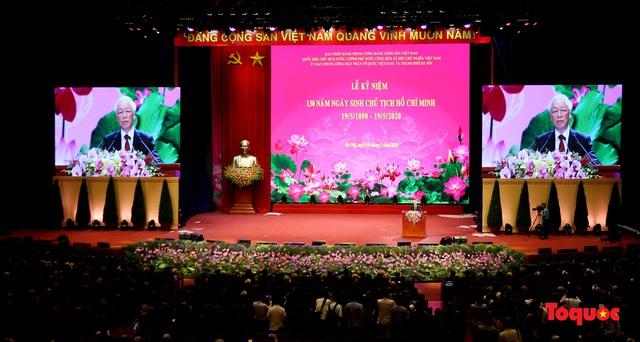 Trang trọng Lễ kỷ niệm 130 năm Ngày sinh Chủ tịch Hồ Chí Minh - Ảnh 1.
