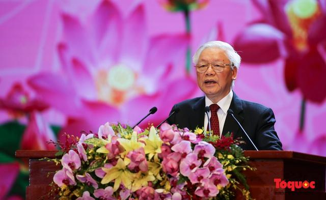Trang trọng Lễ kỷ niệm 130 năm Ngày sinh Chủ tịch Hồ Chí Minh - Ảnh 7.
