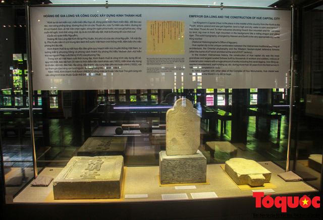 Chiêm ngưỡng những kỷ vật từng gắn bó với hoàng đế Gia Long - Ảnh 3.