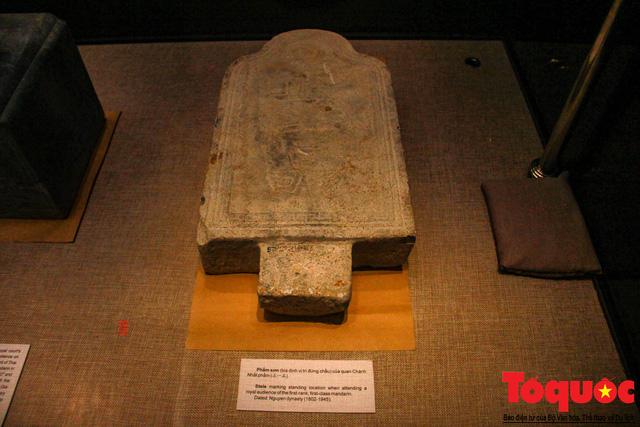 Chiêm ngưỡng những kỷ vật từng gắn bó với hoàng đế Gia Long - Ảnh 9.
