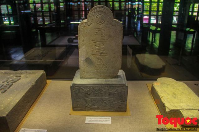 Chiêm ngưỡng những kỷ vật từng gắn bó với hoàng đế Gia Long - Ảnh 10.