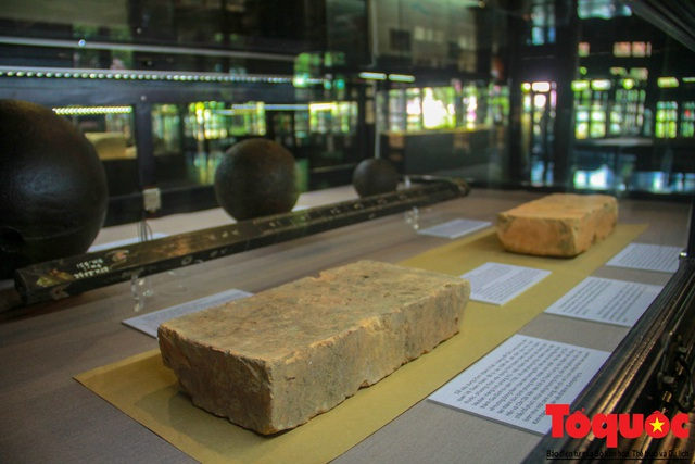 Chiêm ngưỡng những kỷ vật từng gắn bó với hoàng đế Gia Long - Ảnh 7.