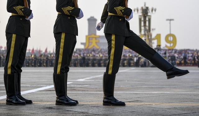 Sức mạnh quân đội Trung Quốc trong bước ngoặt hối thúc ngân sách lớn hơn  - Ảnh 2.