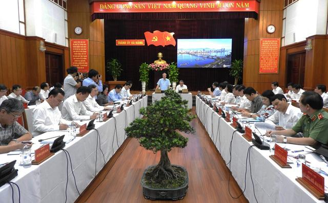 Thường trực Ban Bí thư Trần Quốc Vượng làm việc với Thành ủy Đà Nẵng về công tác chuẩn bị, tiến hành đại hội đảng bộ các cấp.