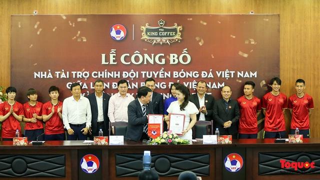 Đội tuyển Việt Nam nhận tài trợ lớn sau đại dịch, hướng tới mục tiêu xa - Ảnh 1.