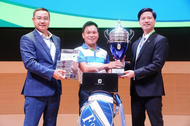 Vinh danh Nhà vô địch giải Bamboo Airways Summer 2020 - Ảnh 2.