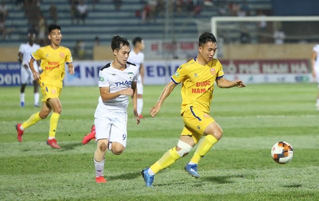 Vòng 5 V-League 2020: Cuộc tăng tốc của các đội bóng - Ảnh 2.