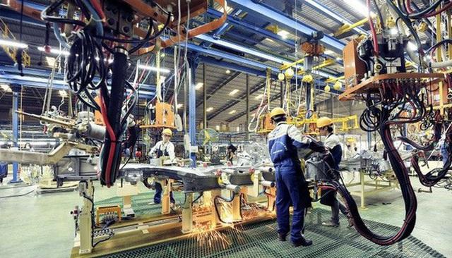 Nhiều linh kiện lắp ráp ô tô được miễn thuế nhập khẩu từ 10/7 - Ảnh 1.