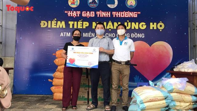 """""""Siêu thị 0 đồng"""" giúp những hoàn cảnh khó khăn ở Đà Nẵng giữa mùa dịch - Ảnh 18."""