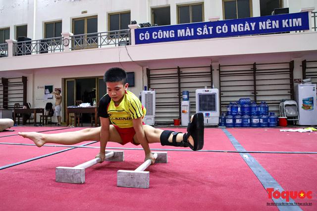 Các vận động viên tập luyện xuyên mùa COVID-19, chuẩn bị sẵn sàng cho các giải đấu khi dịch bệnh kết thúc. - Ảnh 11.