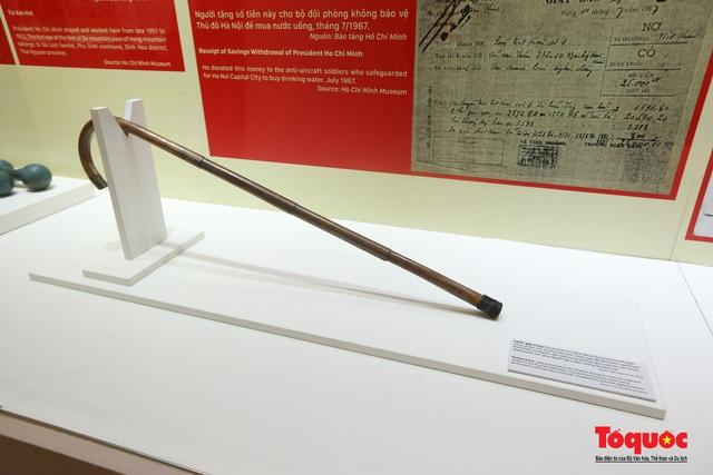 Khai mạc trưng bày chuyên đề: Hồ Chí Minh - Những nét phác họa chân dung; Những tấm gương bình dị mà cao quý  - Ảnh 11.