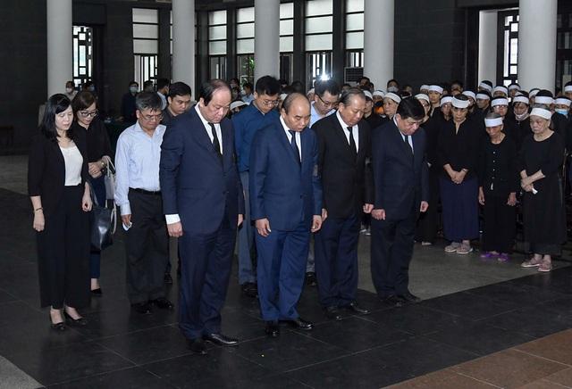 Cử hành trọng thể lễ tang đồng chí Nguyễn Đình Hương - Ảnh 5.
