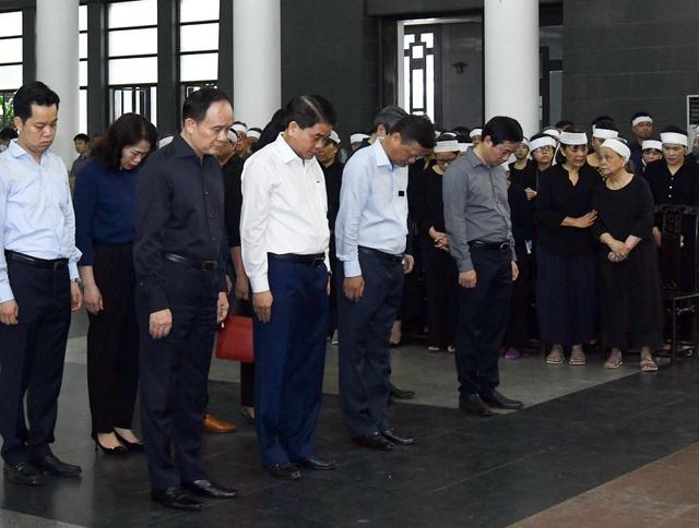 Cử hành trọng thể lễ tang đồng chí Nguyễn Đình Hương - Ảnh 12.