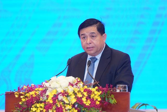"""Bộ trưởng Nguyễn Chí Dũng: """"Doanh nghiệp mong mỏi tính minh bạch, nhất quán trong quy định chính sách... hơn được hỗ trợ bằng tiền""""  - Ảnh 1."""