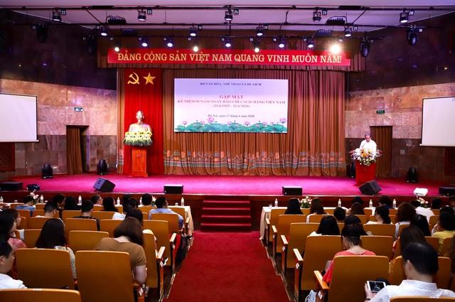 Thứ trưởng Lê Khánh Hải: Báo chí đồng hành cùng ngành xây dựng và phát triển văn hóa - Ảnh 2.
