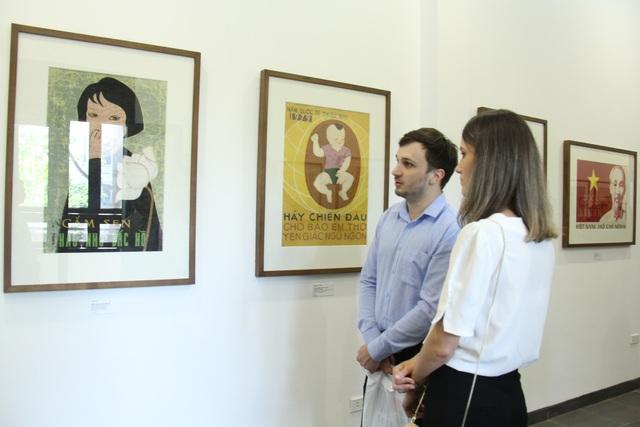 Bảo tàng Mỹ thuật Việt Nam giới thiệu 30 tranh cổ động trong giai đoạn từ 1958 đến 1986 - Ảnh 5.
