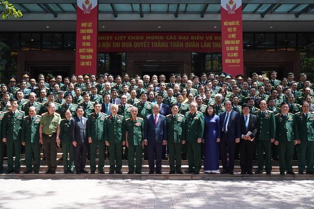 Thủ tướng xúc động trước những hành động, việc làm thiết thực của những anh Bộ đội Cụ Hồ trong chống dịch Covid-19 - Ảnh 1.
