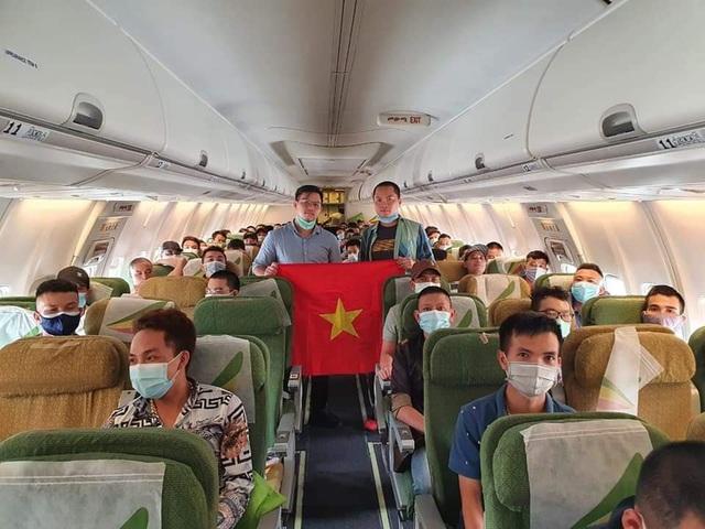 Đưa hơn 130 công dân Việt từ Nigeria, Cameroon và Malaysia về nước - Ảnh 1.