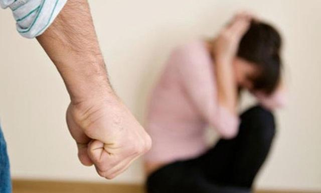 Chính quyền đóng vai trò then chốt trong chỉ đạo, tổ chức triển khai công tác phòng, chống bạo lực gia đình - Ảnh 1.