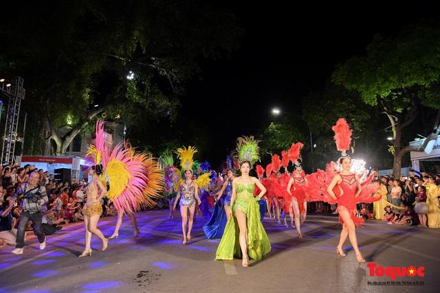 Rực rỡ sắc màu từ lễ hội đường phố ''Hà Nội - điểm đến xanh'' - Ảnh 9.