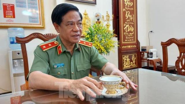 Trung tướng Đoàn Duy Khương: 'Chưa đêm nào tôi được ngủ trước 2h sáng' - Ảnh 2.
