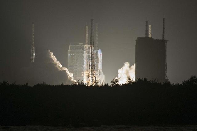 """Trung - Mỹ """"nóng"""" cuộc đua không gian - Ảnh 1."""