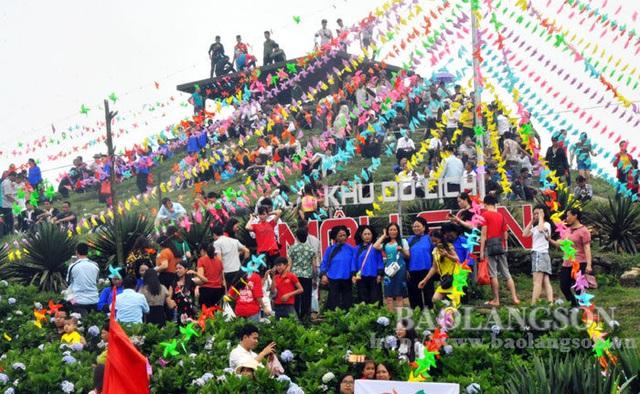 """Lạng Sơn: Phát động Chương trình """"Người Việt Nam đi du lịch Việt Nam"""" - Ảnh 1."""
