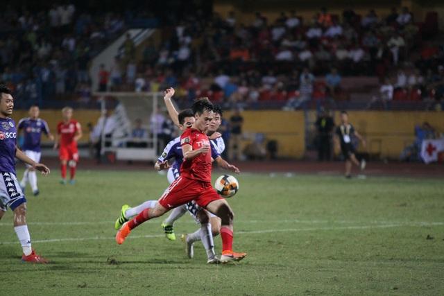 10.000 vé sẽ được bán trong trận Hà Nội FC gặp HAGL - Ảnh 1.
