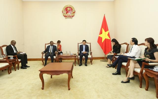 Angola mong muốn tăng cường hợp tác với Việt Nam trong lĩnh vực văn hóa, thể thao và du lịch - Ảnh 1.