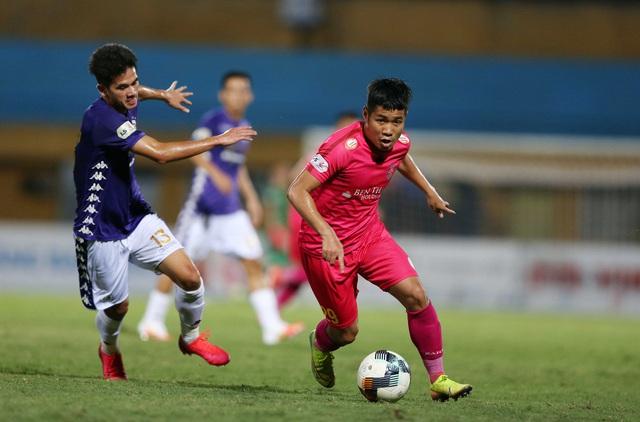 Văn Quyết trượt pen, Hà Nội FC trắng tay trên sân nhà - Ảnh 1.