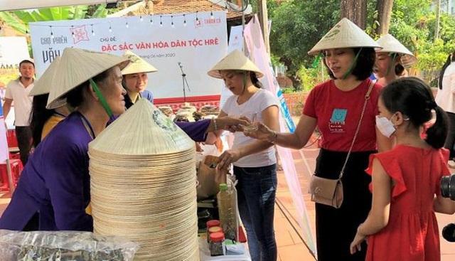 Đặc sắc Chợ phiên văn hóa miền núi Quảng Ngãi - Ảnh 1.