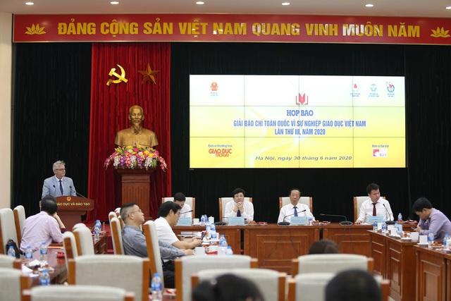 Giải báo chí về giáo dục cần phát hiện những điều chưa tốt, bất cập trong báo chí viết về giáo dục Việt Nam - Ảnh 2.