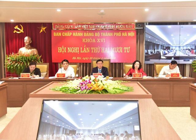 Đảng bộ Hà Nội tập trung thảo luận xem xét nhiều nội dung quan trọng - Ảnh 1.