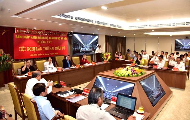 Đảng bộ Hà Nội tập trung thảo luận xem xét nhiều nội dung quan trọng - Ảnh 2.