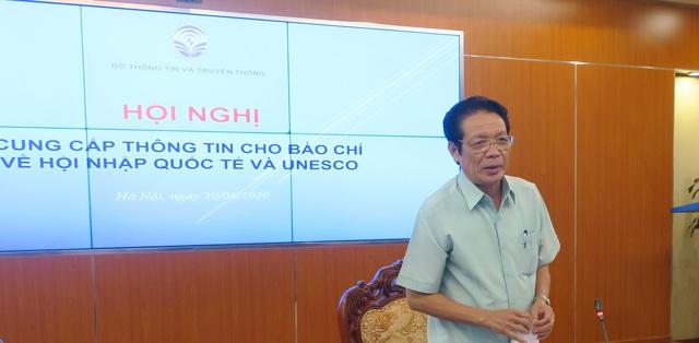 Bộ Thông tin và Truyền thông tạo điều kiện cho báo chí trao đổi trực tiếp về hội nhập quốc tế và UNESCO - Ảnh 1.