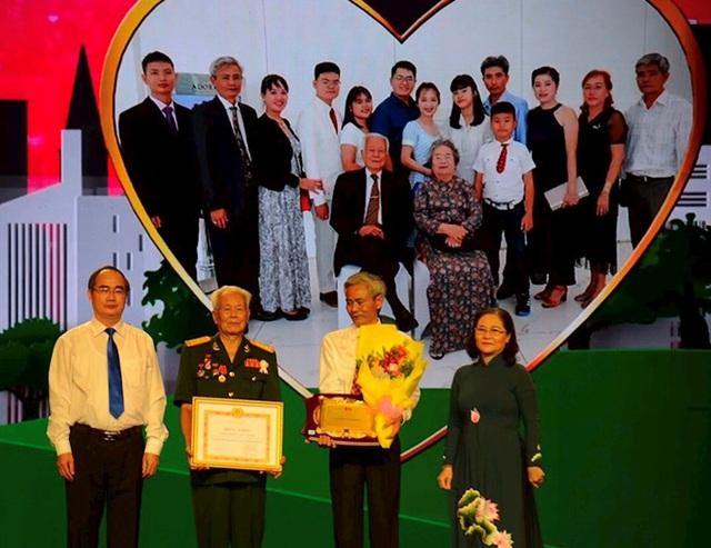 TP. Hồ Chí Minh, Bà Rịa-Vũng Tàu, Kiên Giang tuyên dương các gia đình văn hóa  tiêu biểu - Ảnh 1.