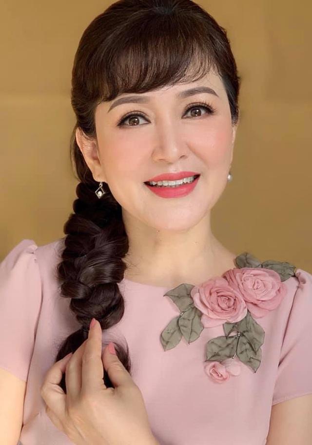 NSND Minh Hoà nhận xét đặc biệt về Diễm My 9x - Ảnh 2.