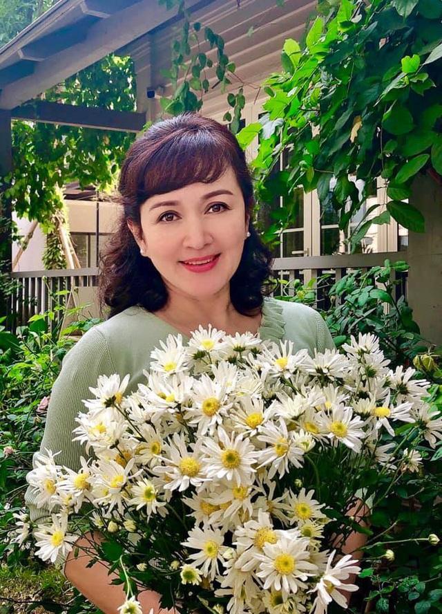 NSND Minh Hoà nhận xét đặc biệt về Diễm My 9x - Ảnh 3.