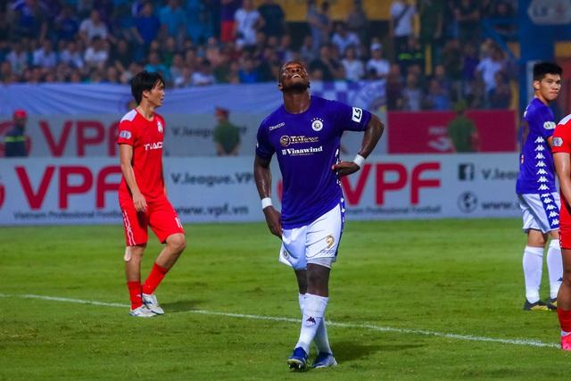 Chùm ảnh: Màn ra mắt ấn tượng của Rimario trong màu áo Hà Nội FC sau quãng thời gian dài chấn thương - Ảnh 10.