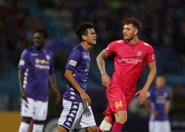 [Chùm ảnh] Thất bại đắng thứ hai của Hà Nội FC ngay trên sân nhà - Ảnh 11.